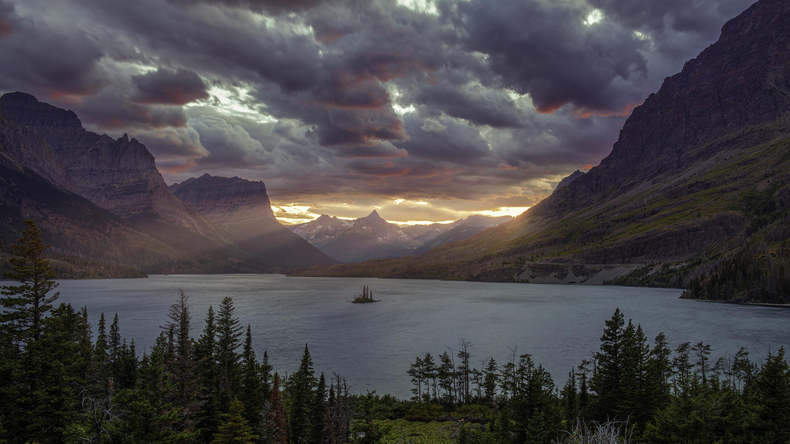 2560x1440 Sunset At St Mary Lake Glacier National Park 5k 1440p