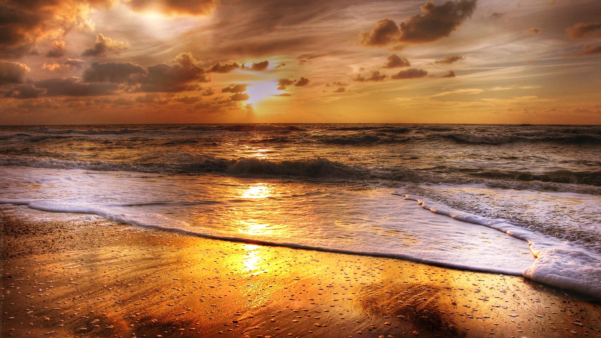 2560x1440 Sunset Beach Sea Sun Clouds 1440P Resolution HD