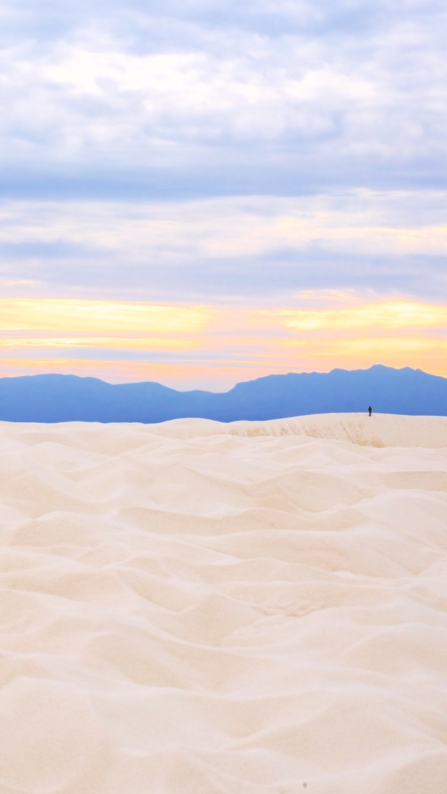 sunset-in-white-sands-national-monument-5k-jp.jpg