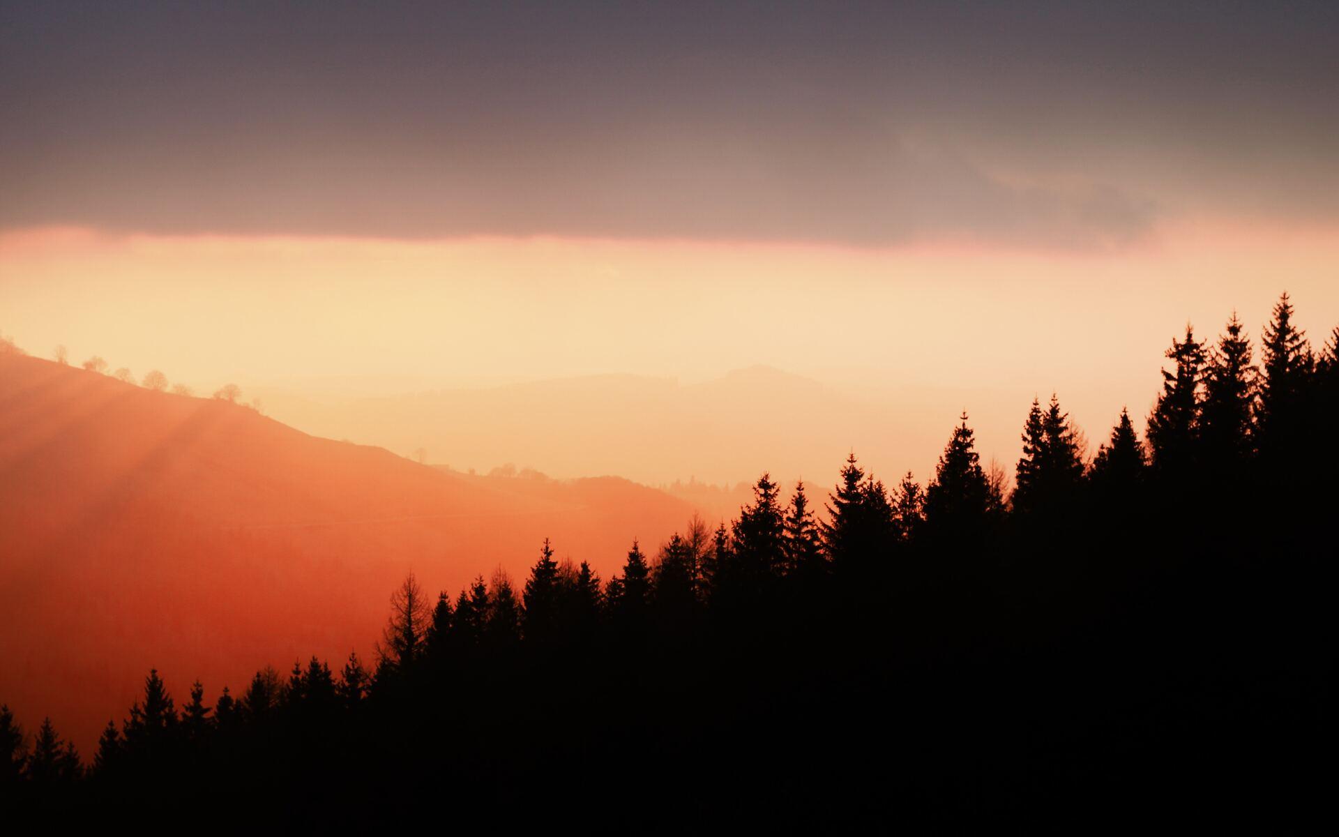 sunset-over-cantal-5k-6s.jpg