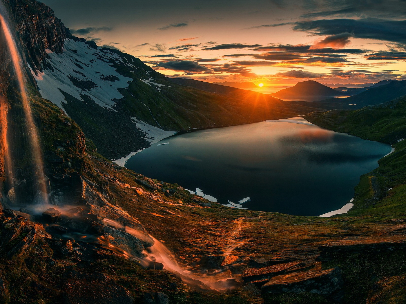 sunset-over-mountains-hd.jpg
