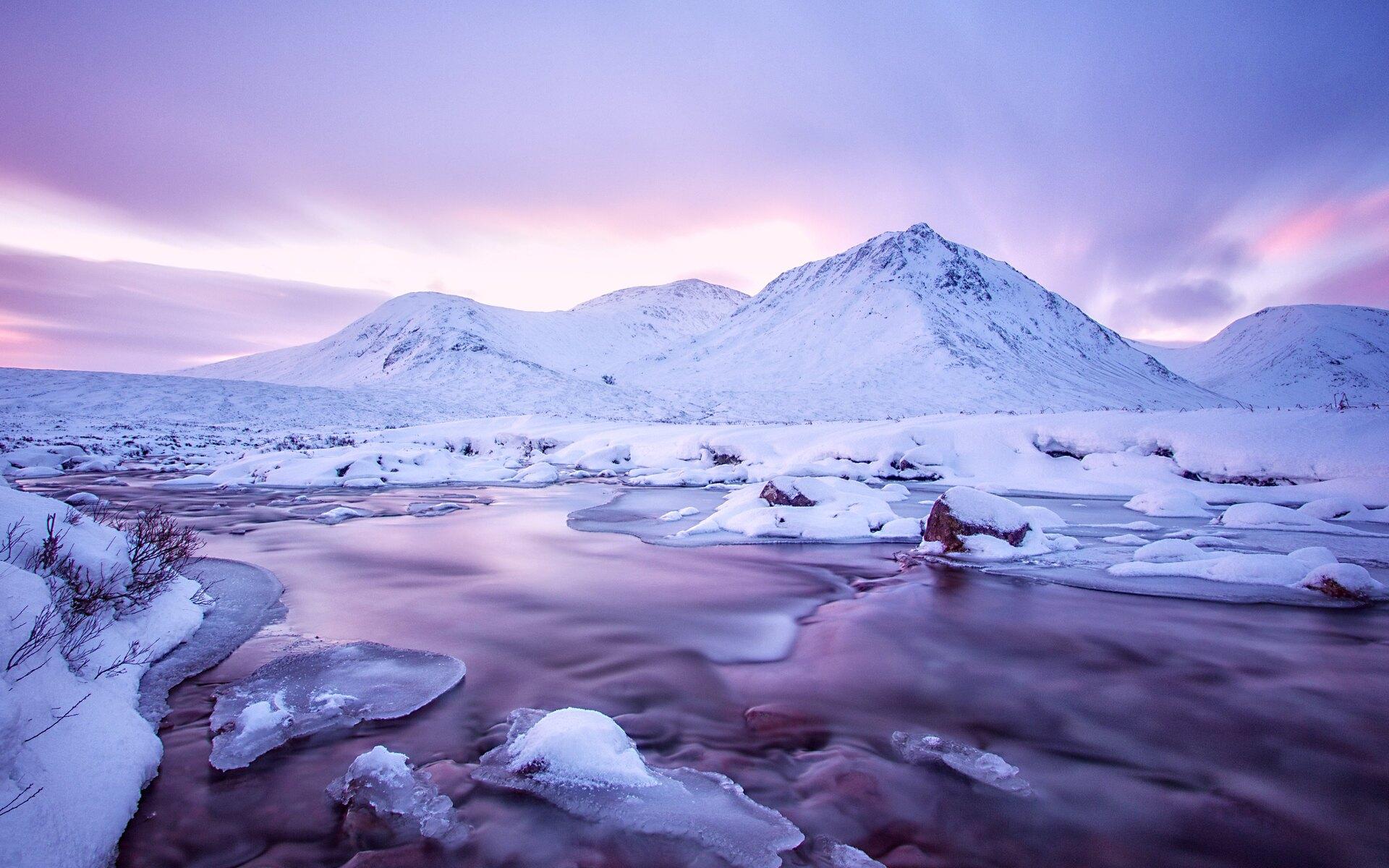 surreal-winter-landscape.jpg