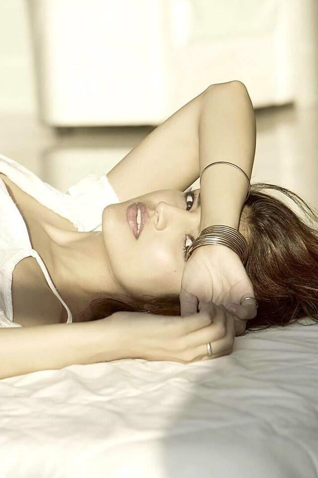 tara-alisha-indian-actress-wallpaper.jpg
