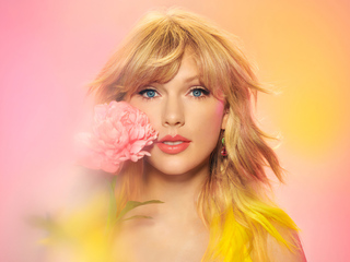 taylor-swift-apple-music-2020-photoshoot-4k-dy.jpg