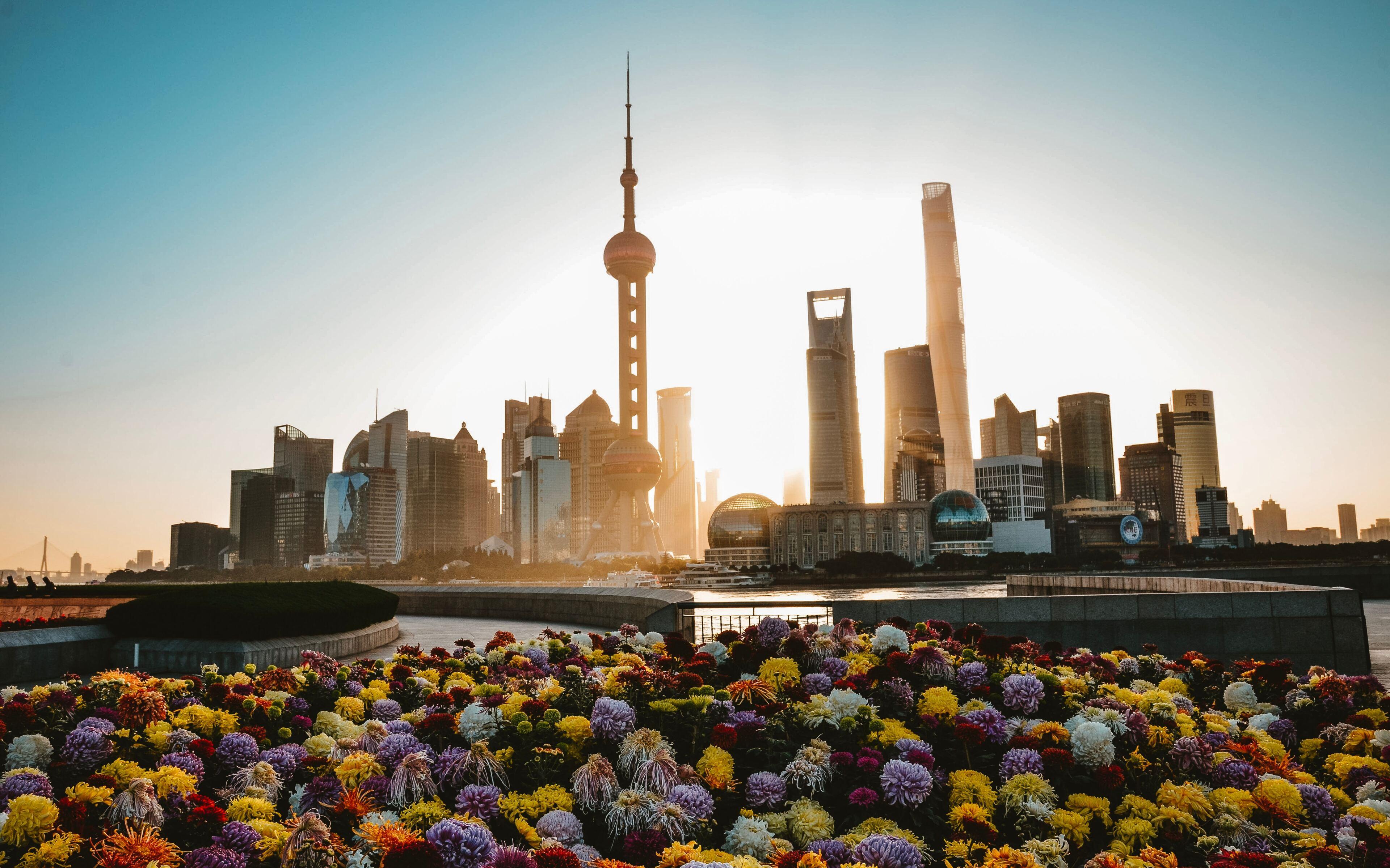 the-bund-waterfront-shanghai-mf.jpg