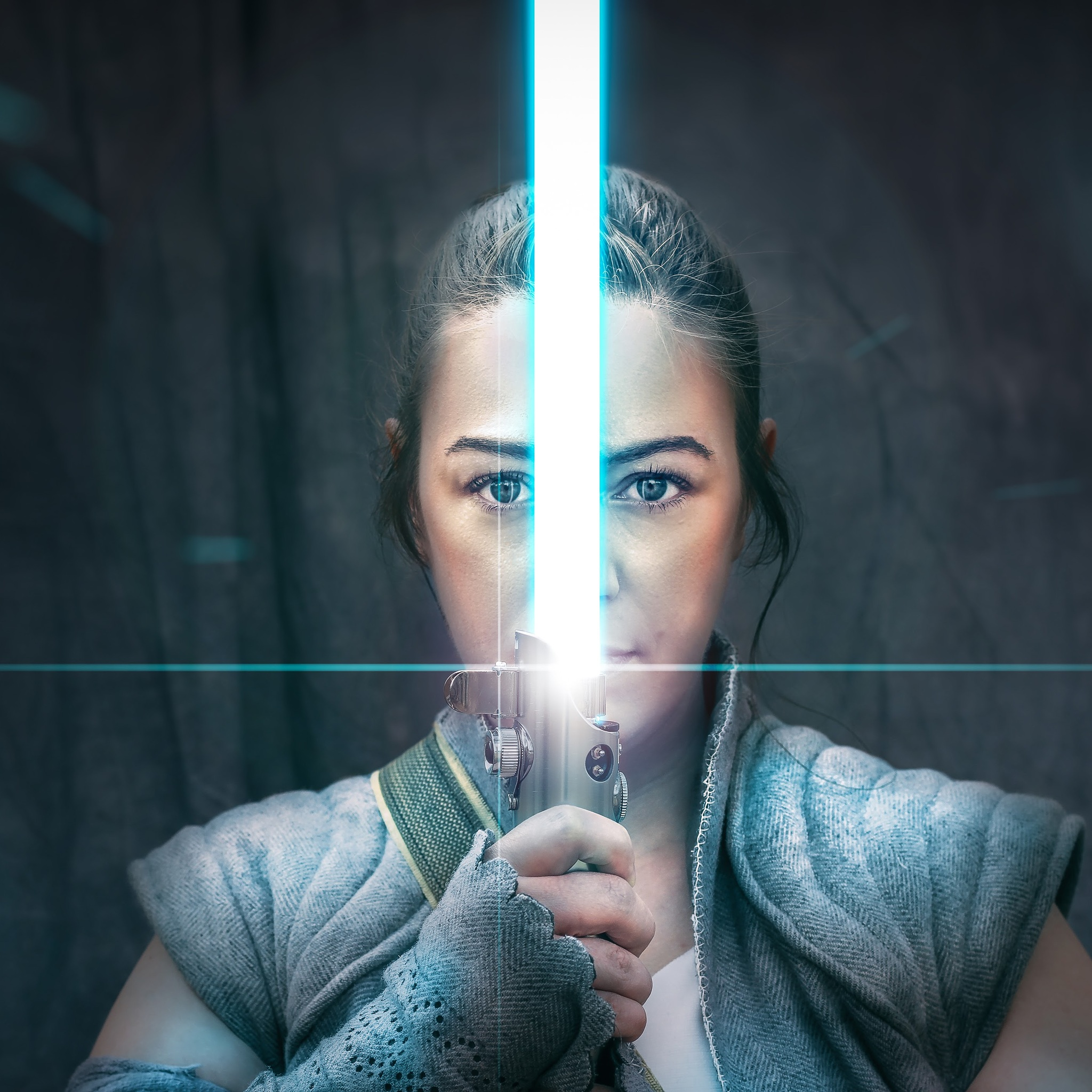 the-weapon-of-a-jedi-knight-rey-cosplay-y7.jpg