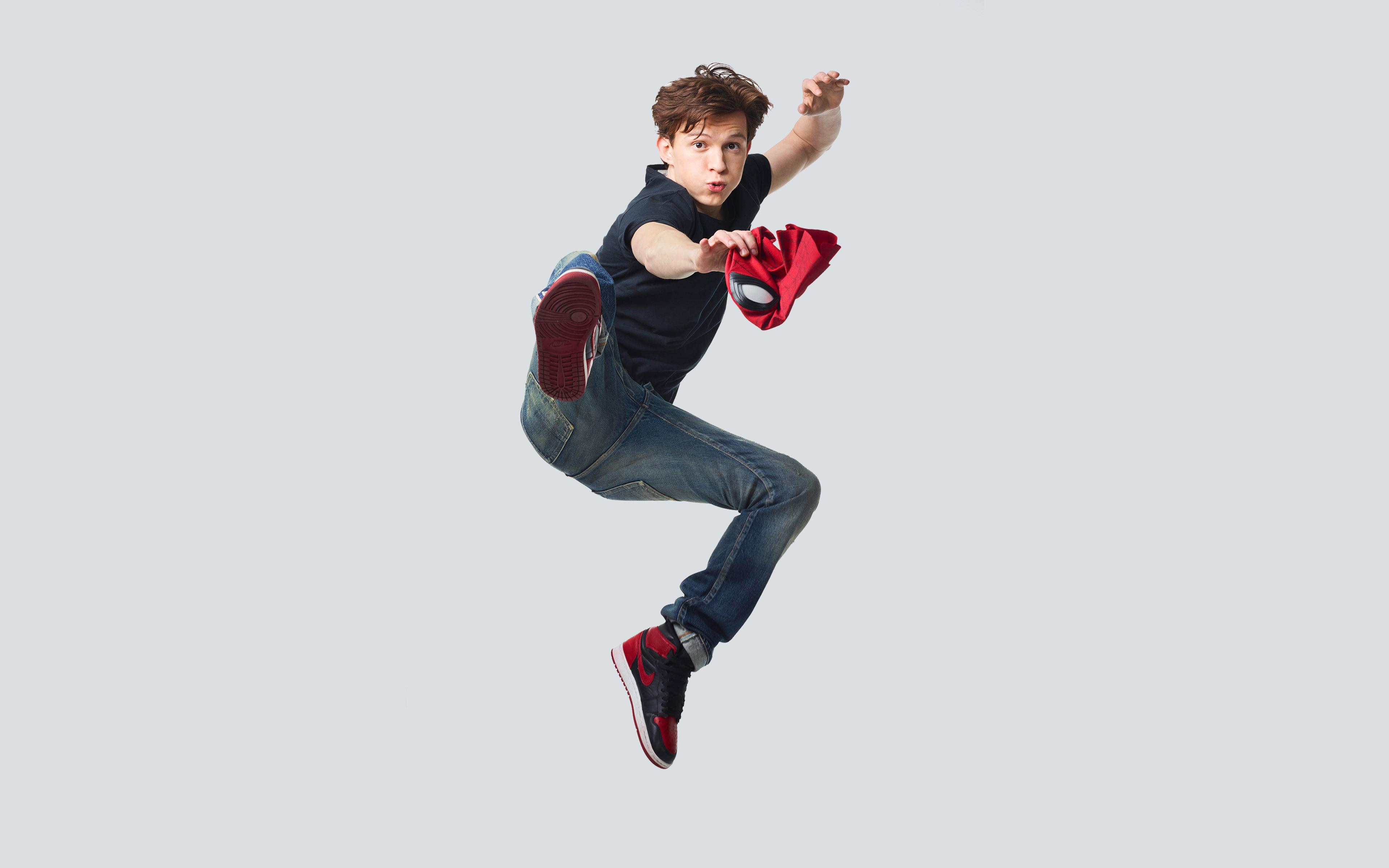 tom-holland-spiderman-w5.jpg