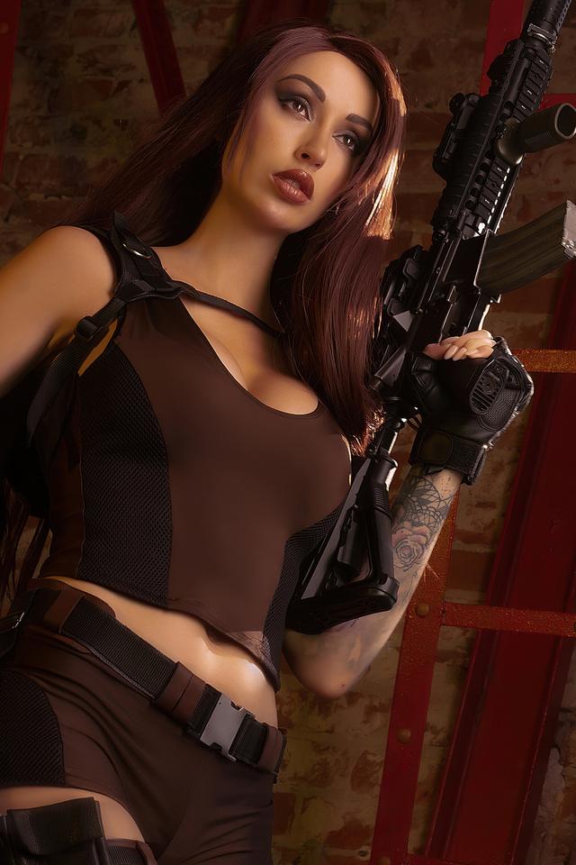 tomb-raider-cosplay-lara-croft-4k-si.jpg