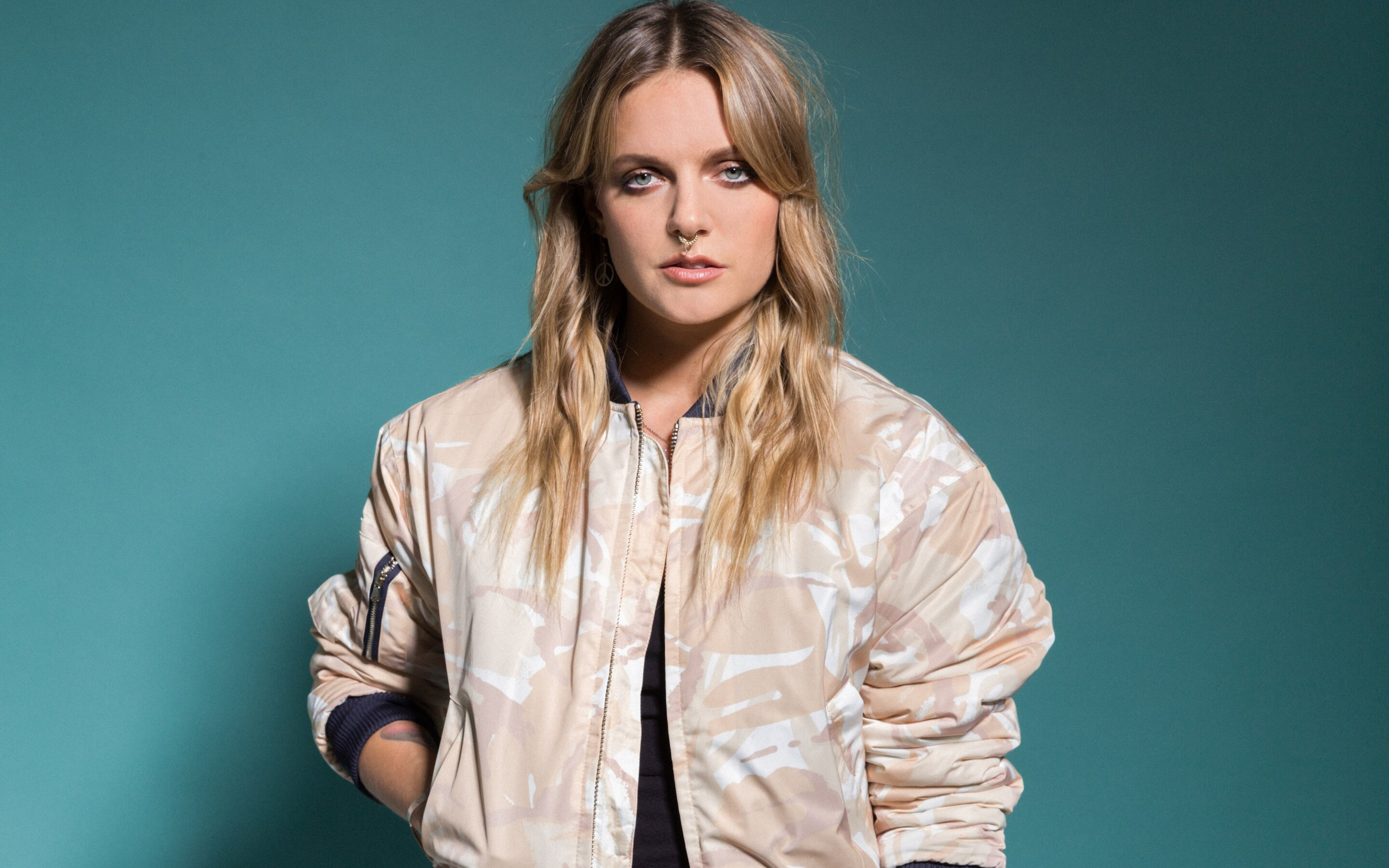 braless Is a cute Tove Lo naked photo 2017