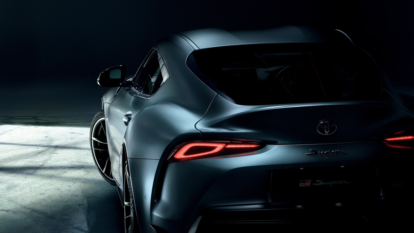 toyota-gr-supra-2019-rear-cr.jpg