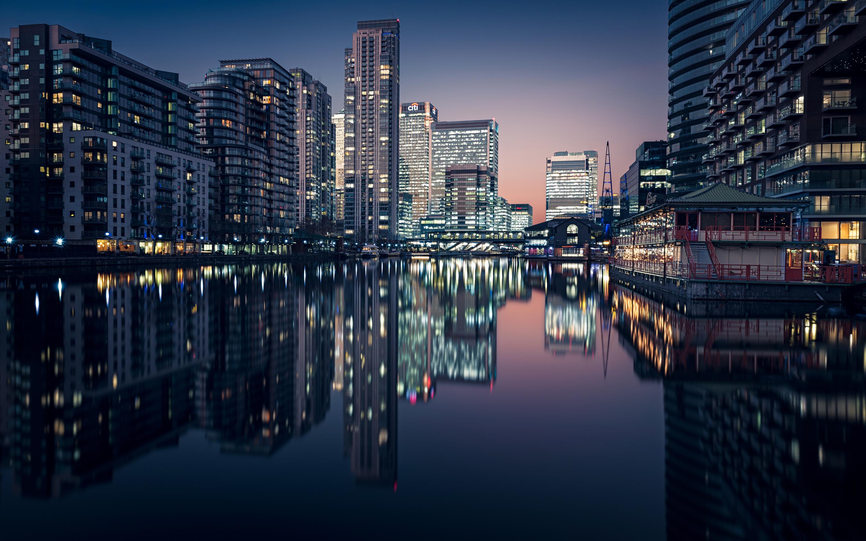 uk-cityscape-8k-c2.jpg
