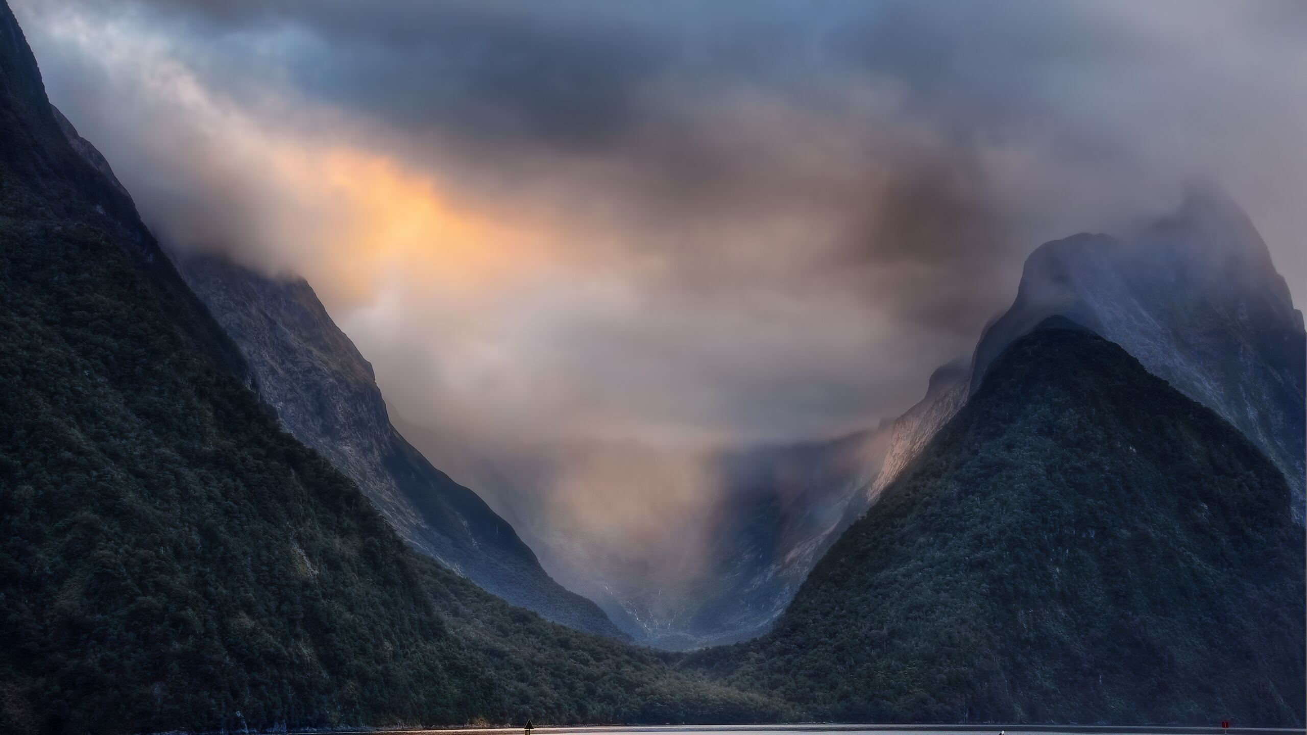 2560x1440 Valley Milford Sound In New Zealand 1440p Resolution Hd 4k Wallpapers Images Backgrounds Photos And Pictures