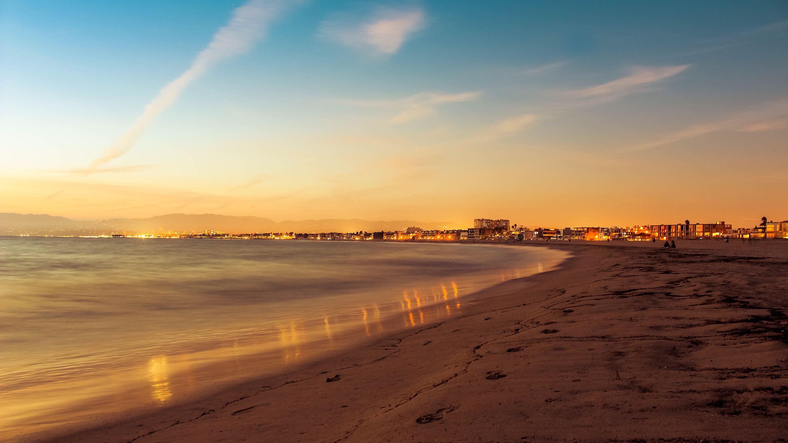 venic-beach-sunset-r0.jpg