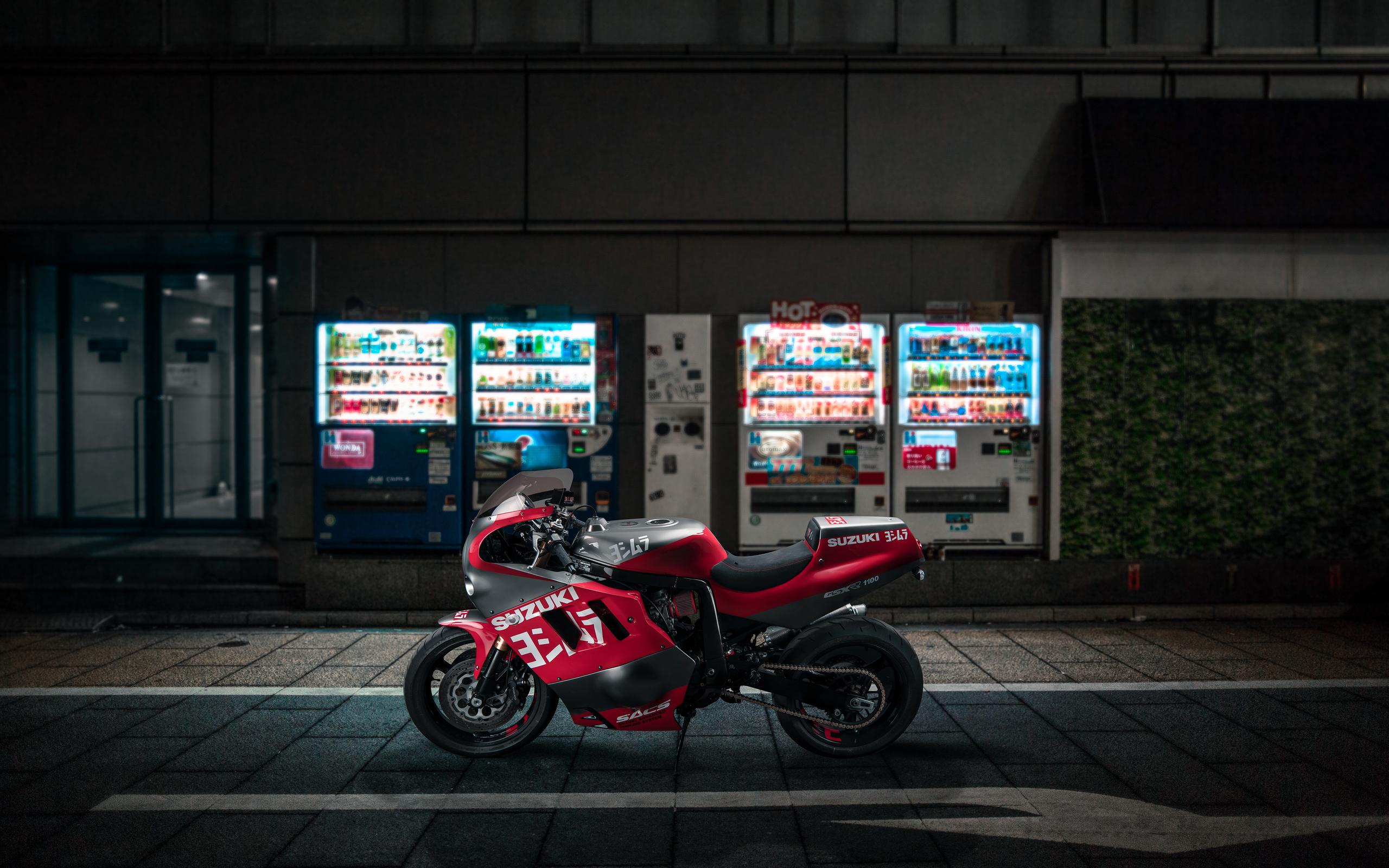venom-suzuki-gsxr-1100-d0.jpg