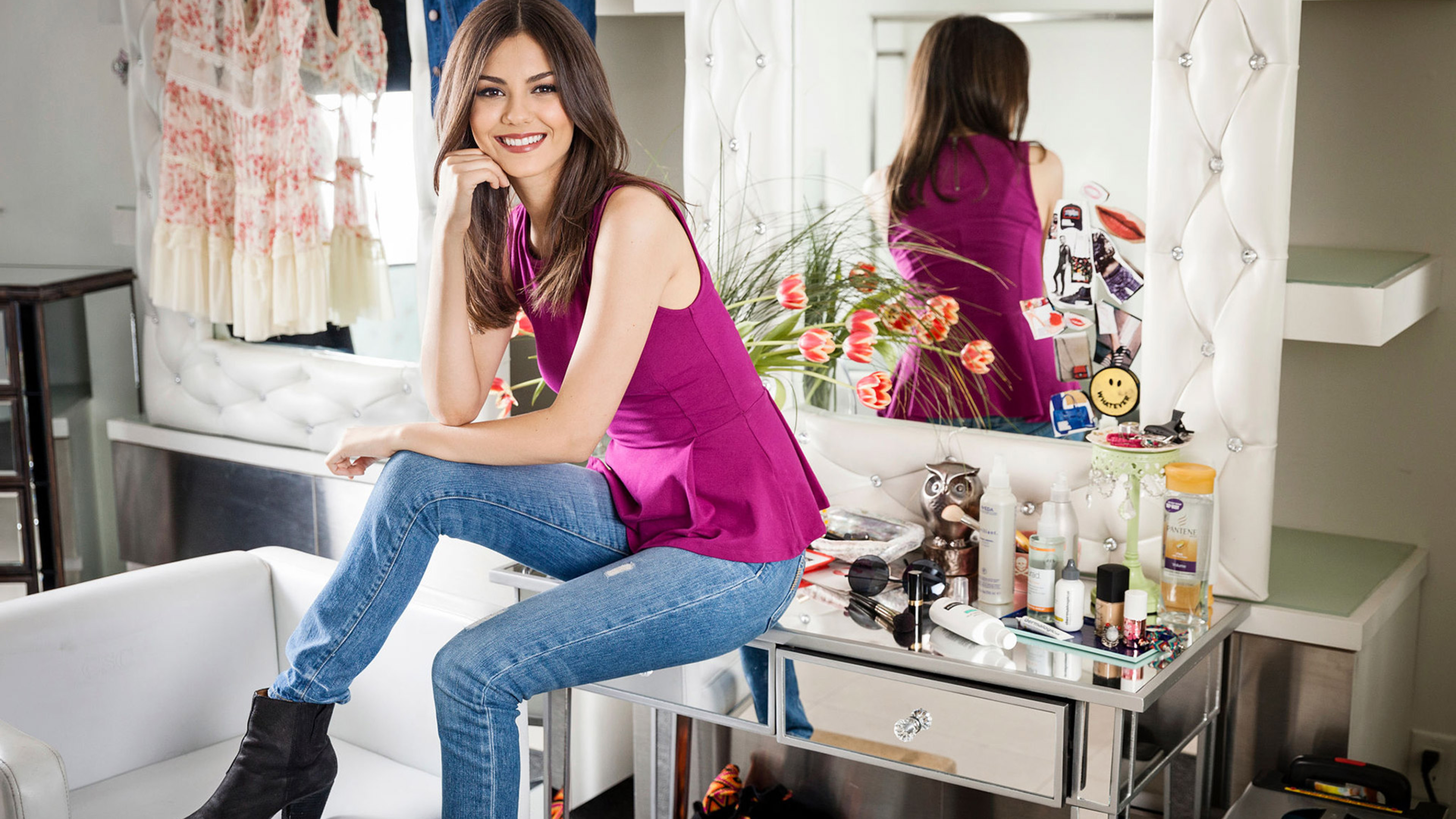 victoria-justice-smiling-2-on.jpg