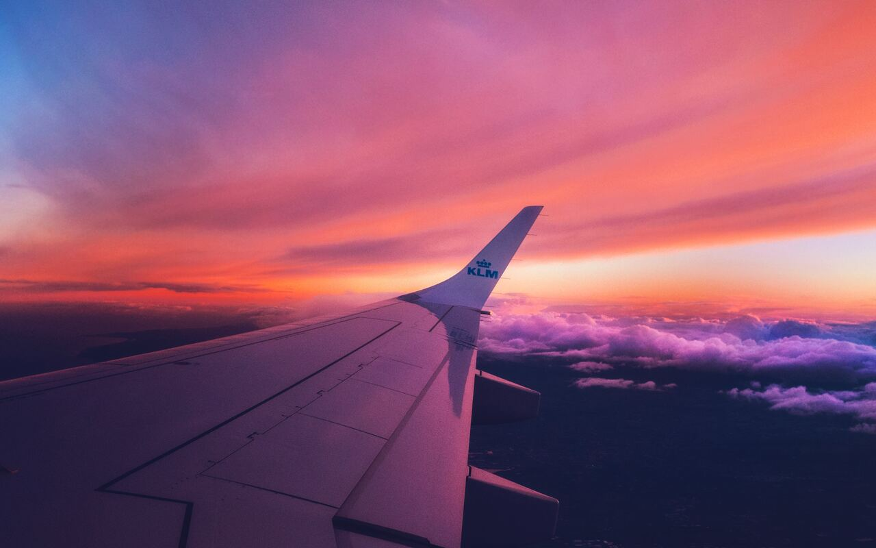 view-outside-airplane-qa.jpg