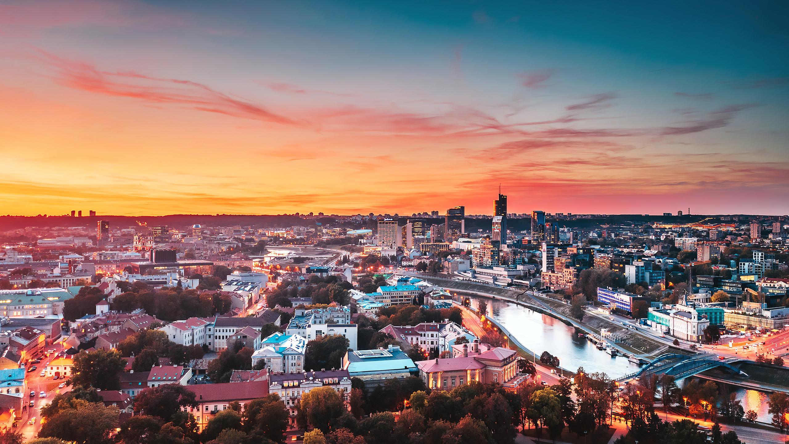 vilnius-cityscape-4k-el.jpg