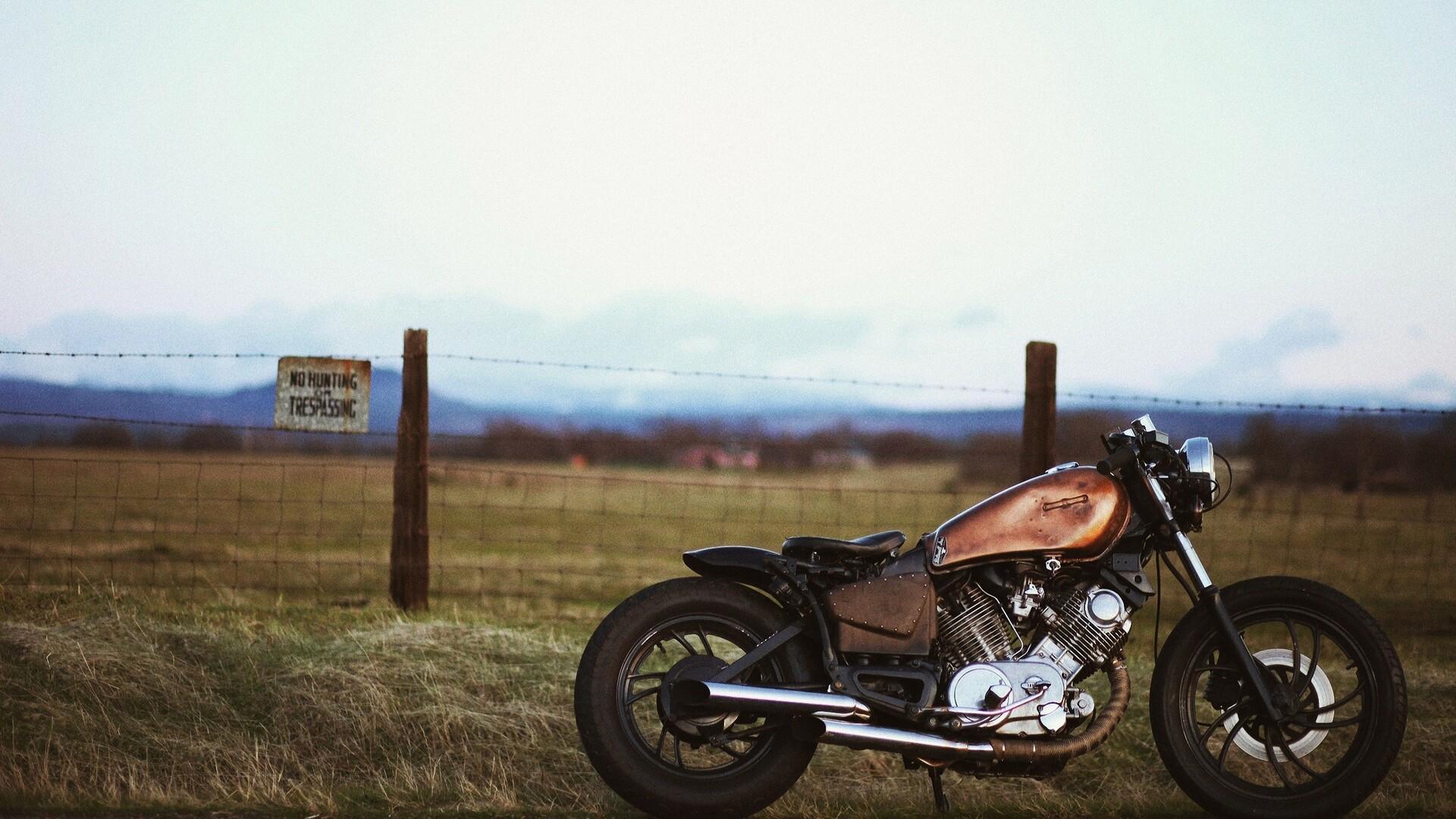 vintage-motorcyle-pic.jpg