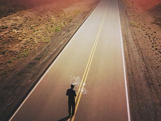 walking-on-road-4k-lb.jpg