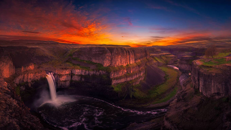 waterfall-at-sunset-hd.jpg