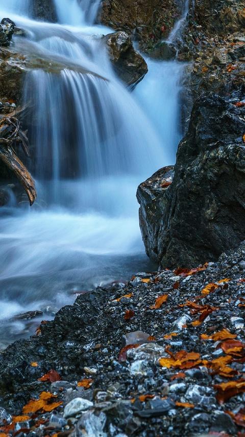 waterfall-forest-ultra-hd-5k-za.jpg
