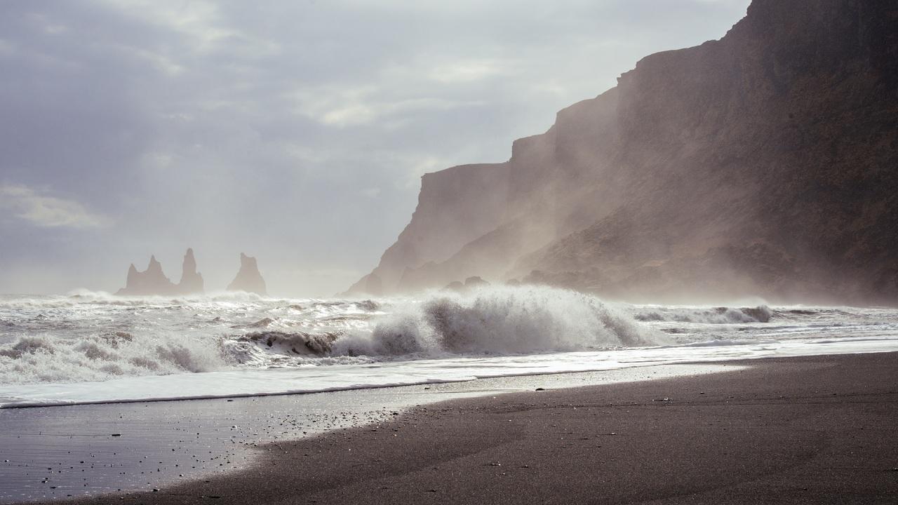 waves-shore-ocean-rg.jpg
