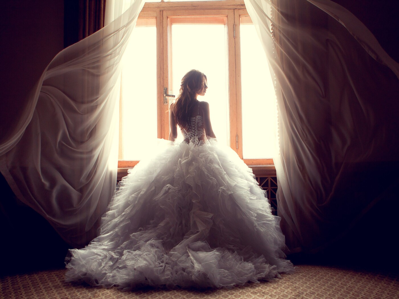 wedding-dress-bride-img.jpg