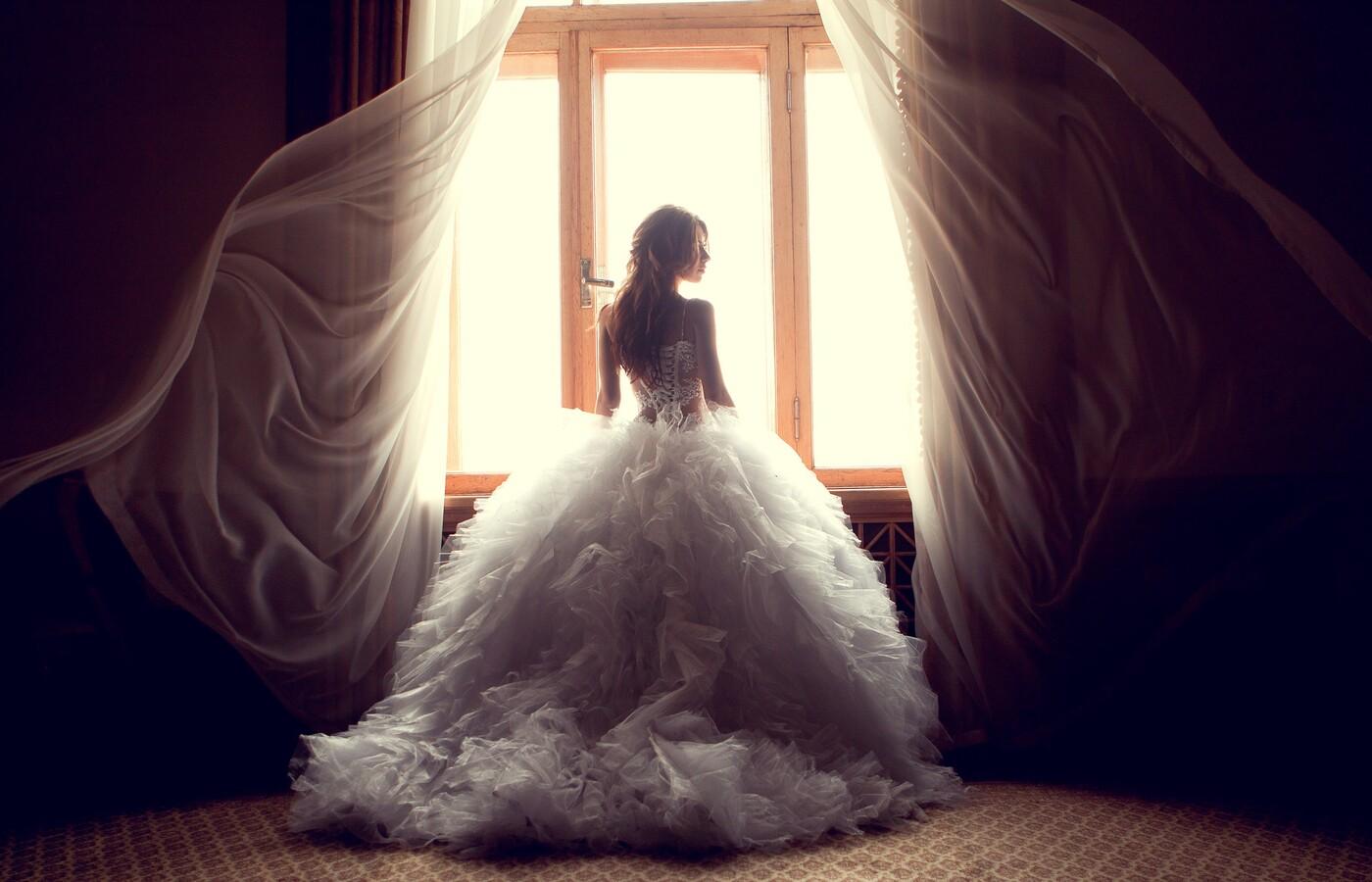 wedding-dress-bride-img.jpg