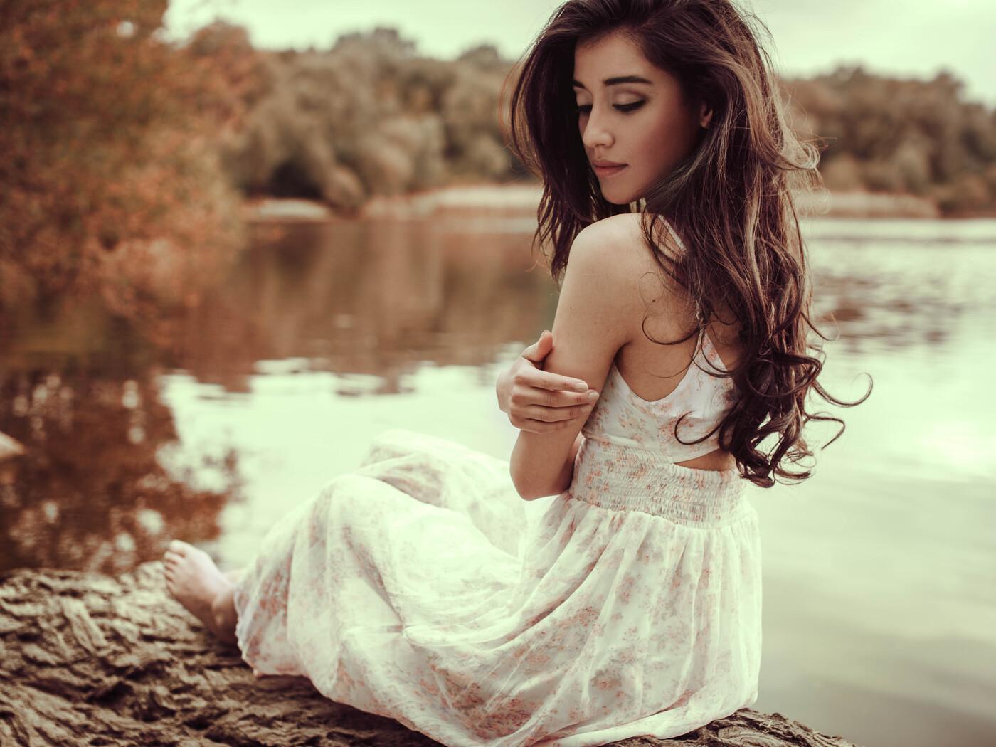 white-dress-girl-lake-side-8k-tn.jpg