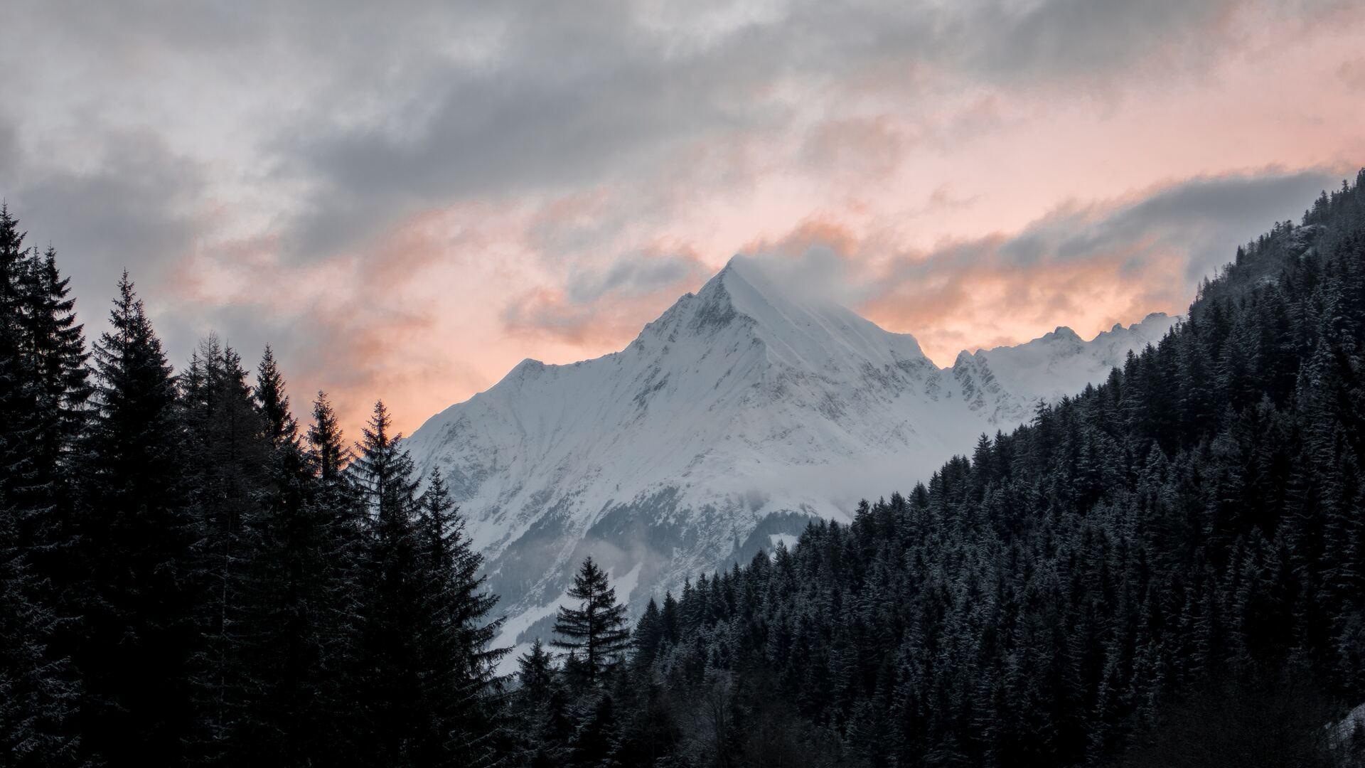 white-snow-capped-mountain-5k-cp.jpg