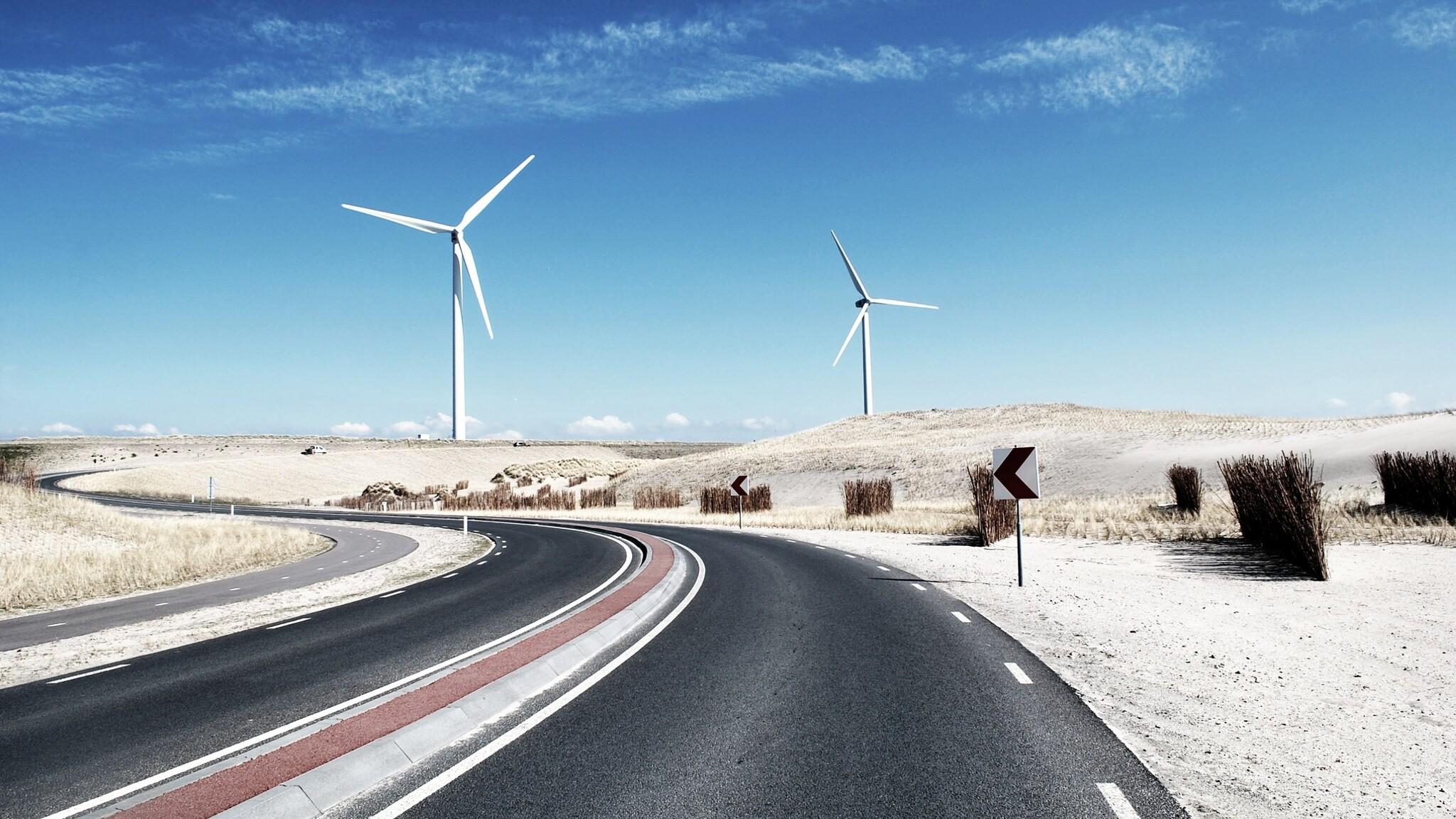 wind-turbine-landscape-nn.jpg