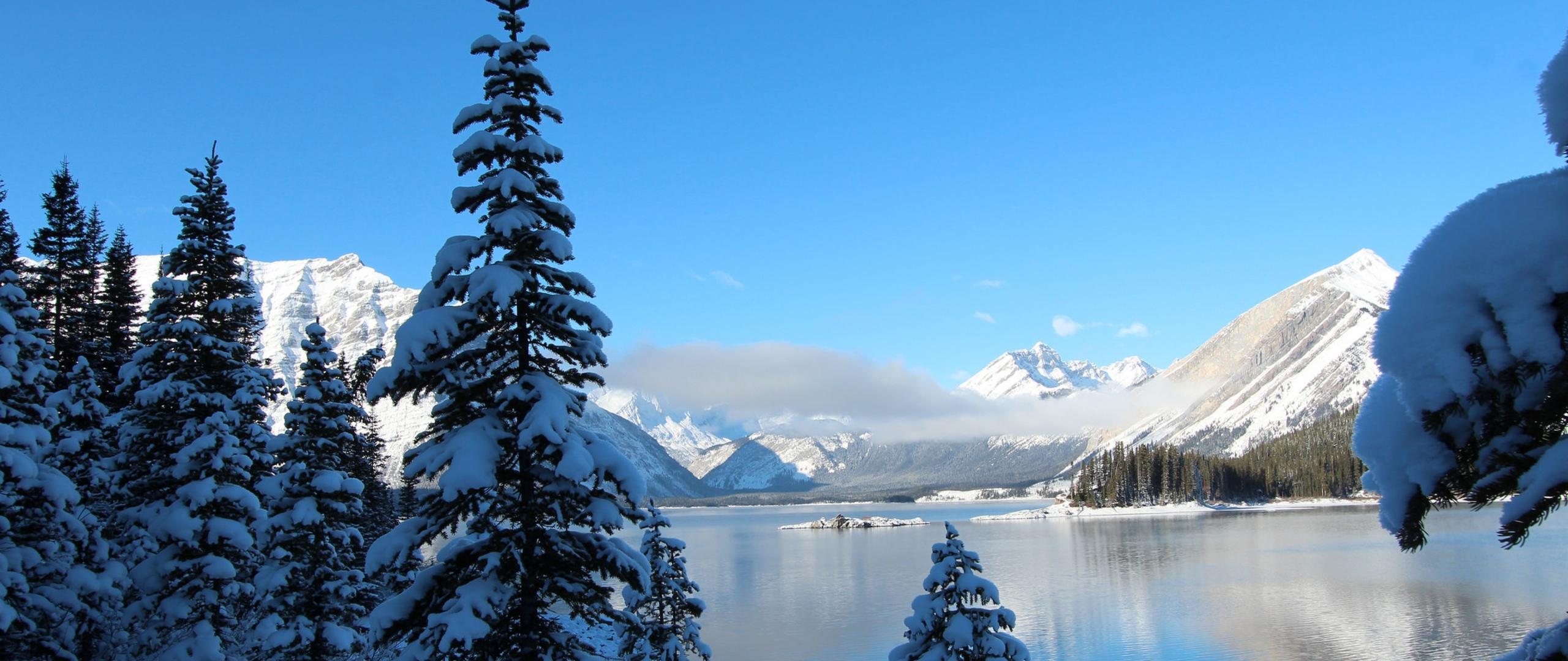 winter-snow-lake-mountain.jpg