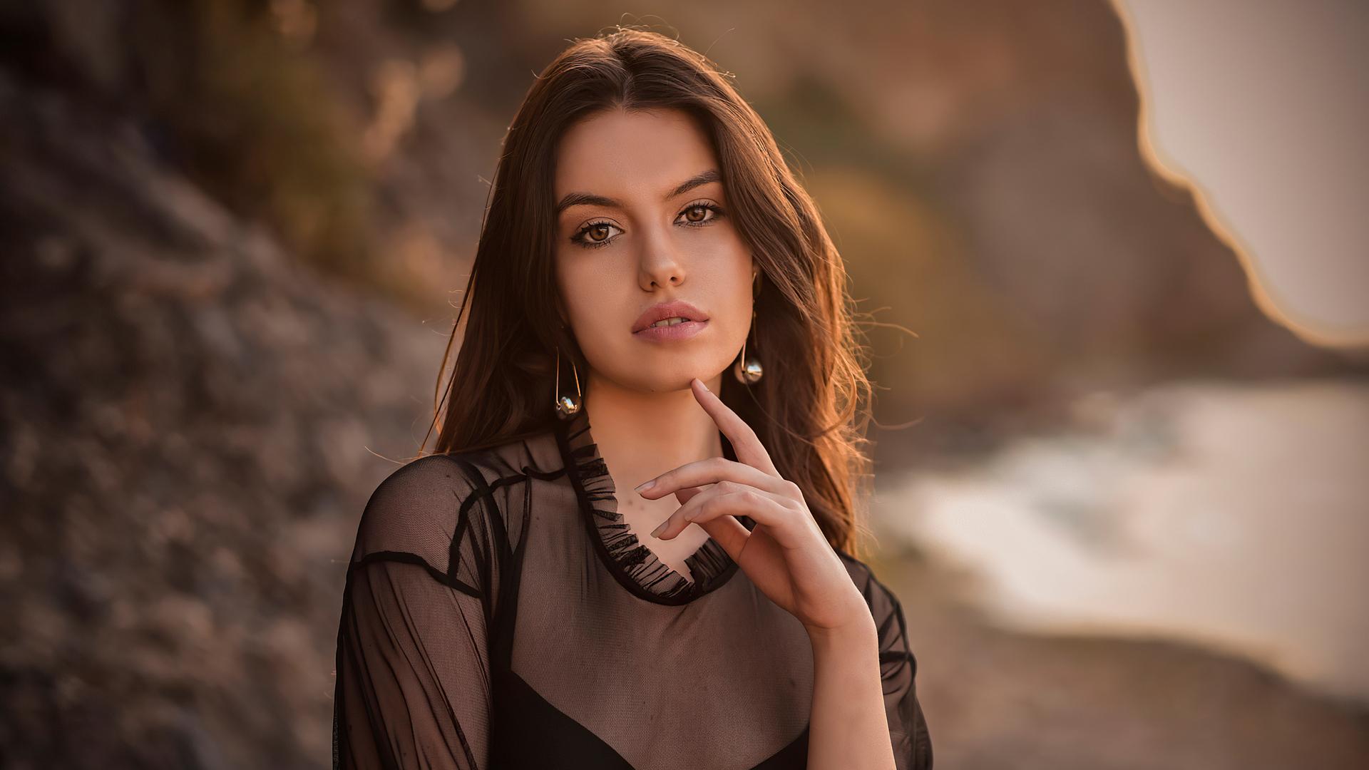 Download Carla Sonre, model, girl, outdoor wallpaper