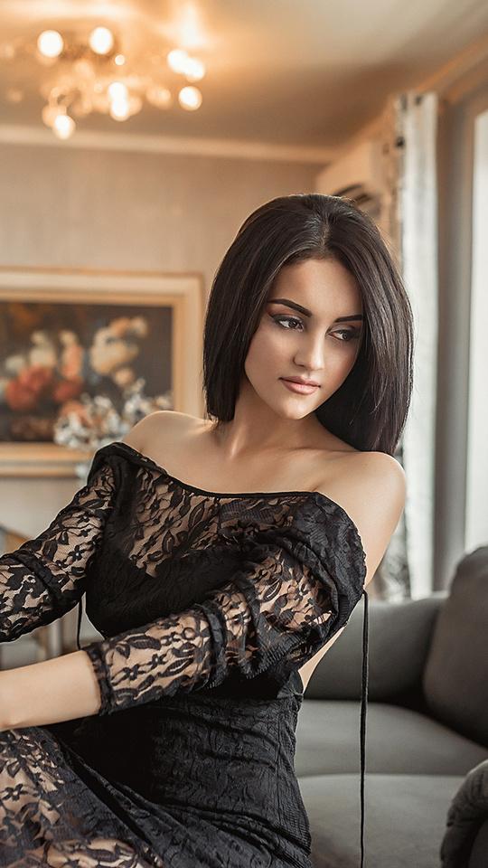 women-sitting-in-black-dress-ml.jpg