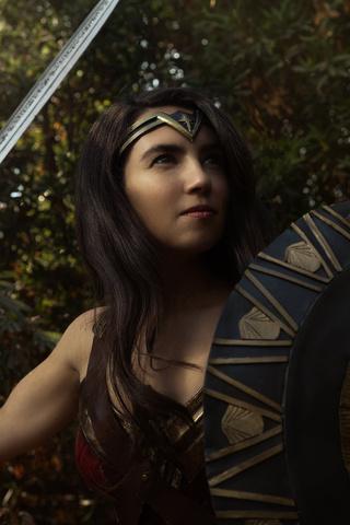 wonder-woman-cosplay-new-4o.jpg