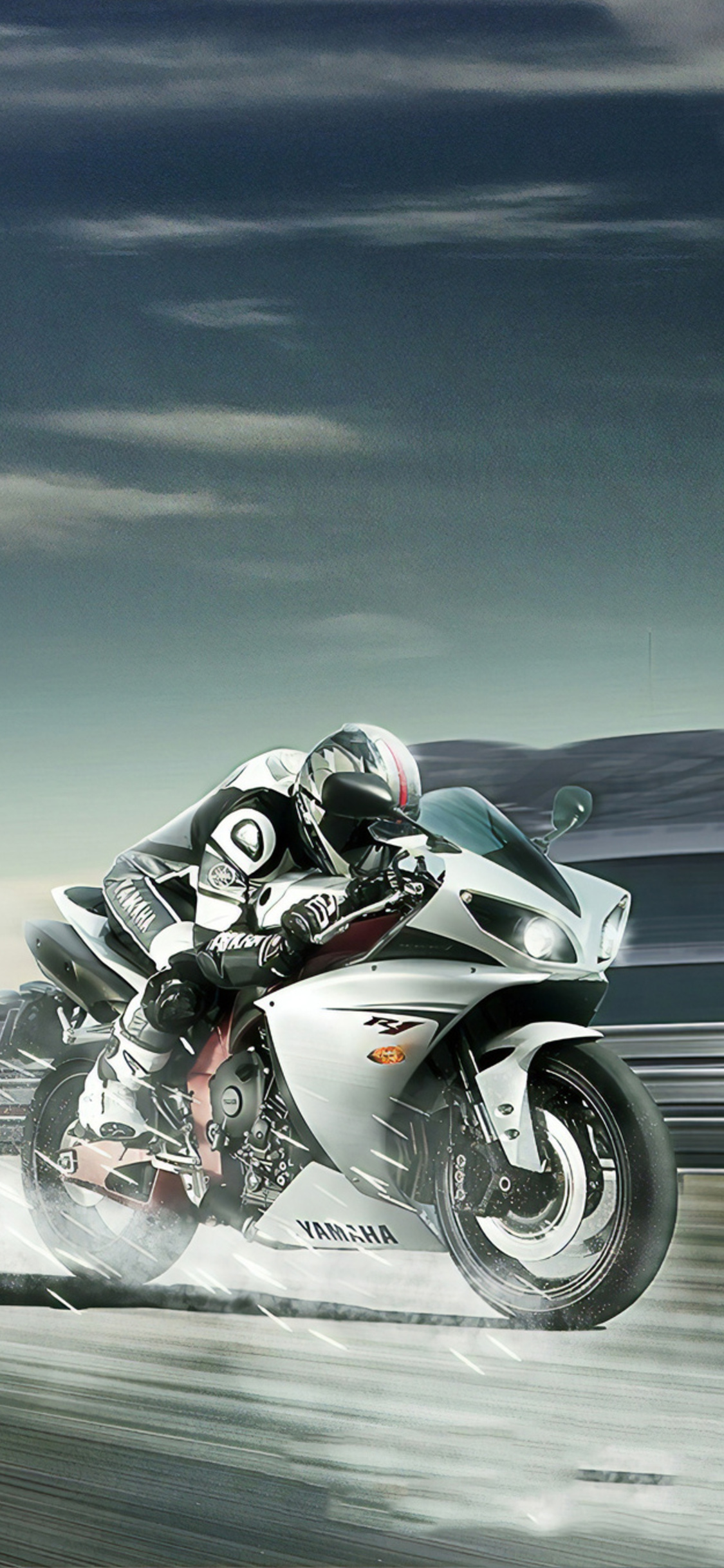 yamaha-r1-run-qw.jpg
