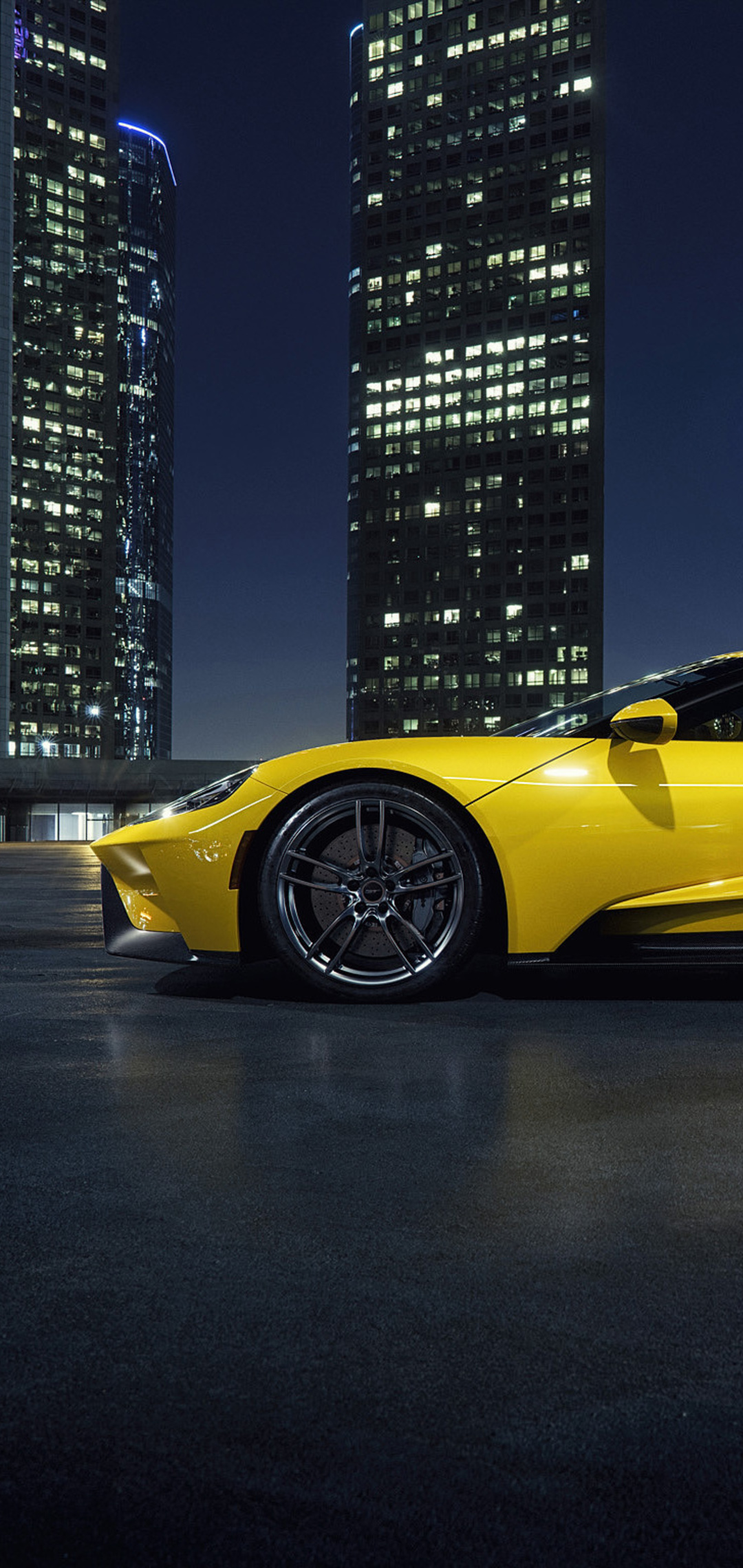 yellow-ford-gt-41.jpg
