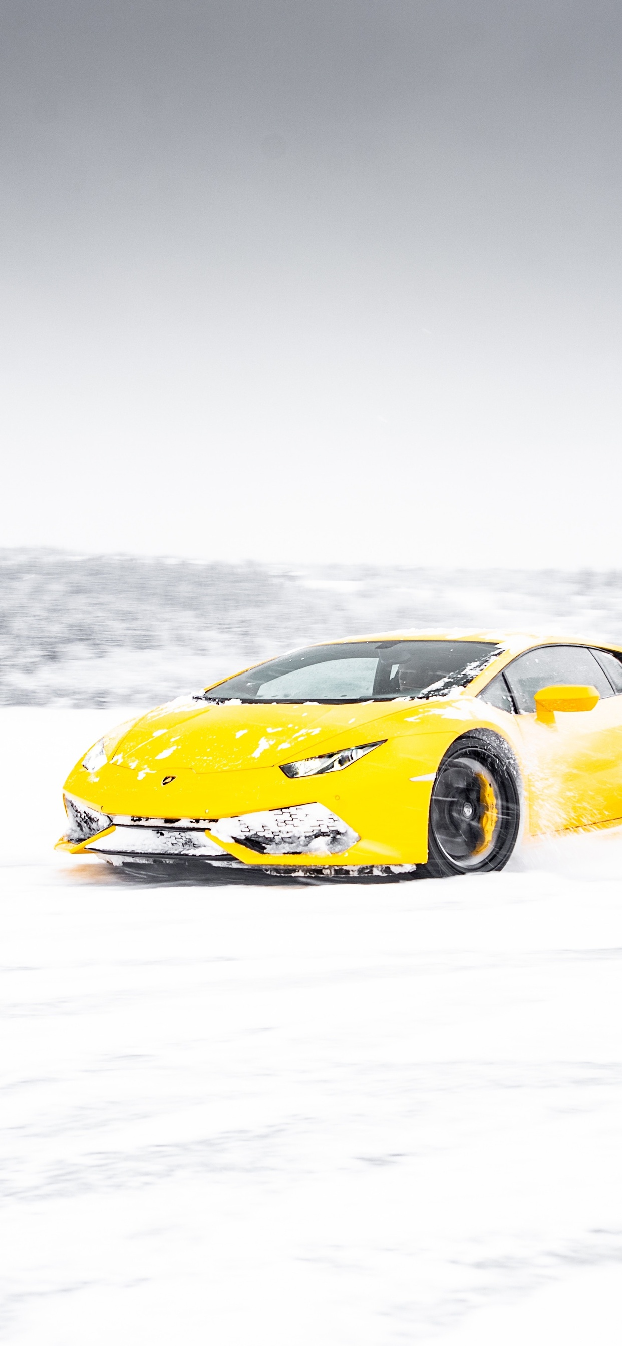 yellow-lamborghini-aventador-in-snow-5k-3f.jpg