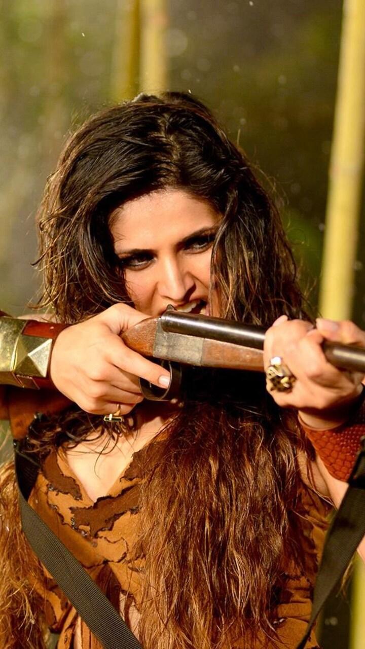 zarine-khan-in-veerappan-movie-ap.jpg