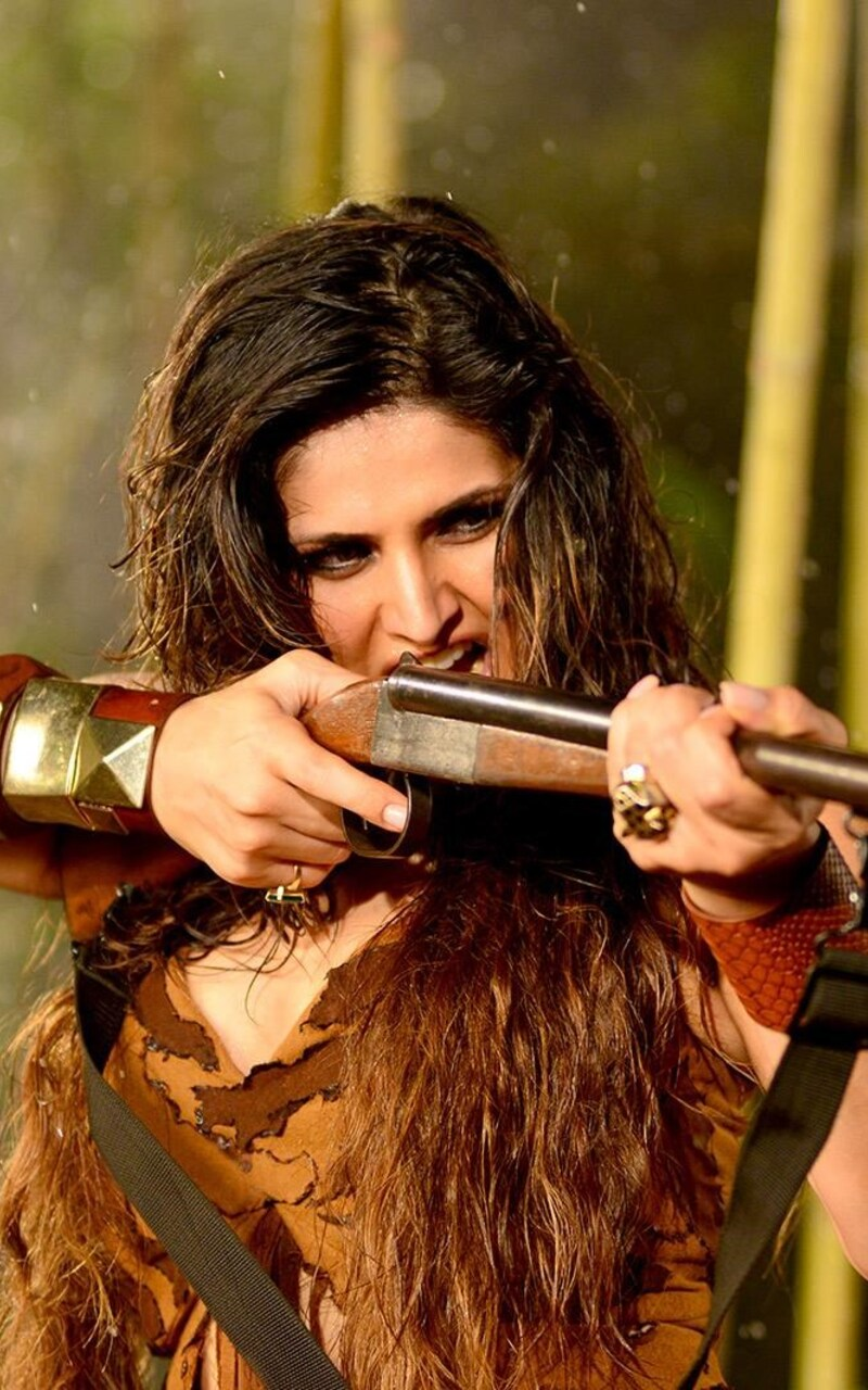 zarine-khan-in-veerappan-movie-ap.jpg