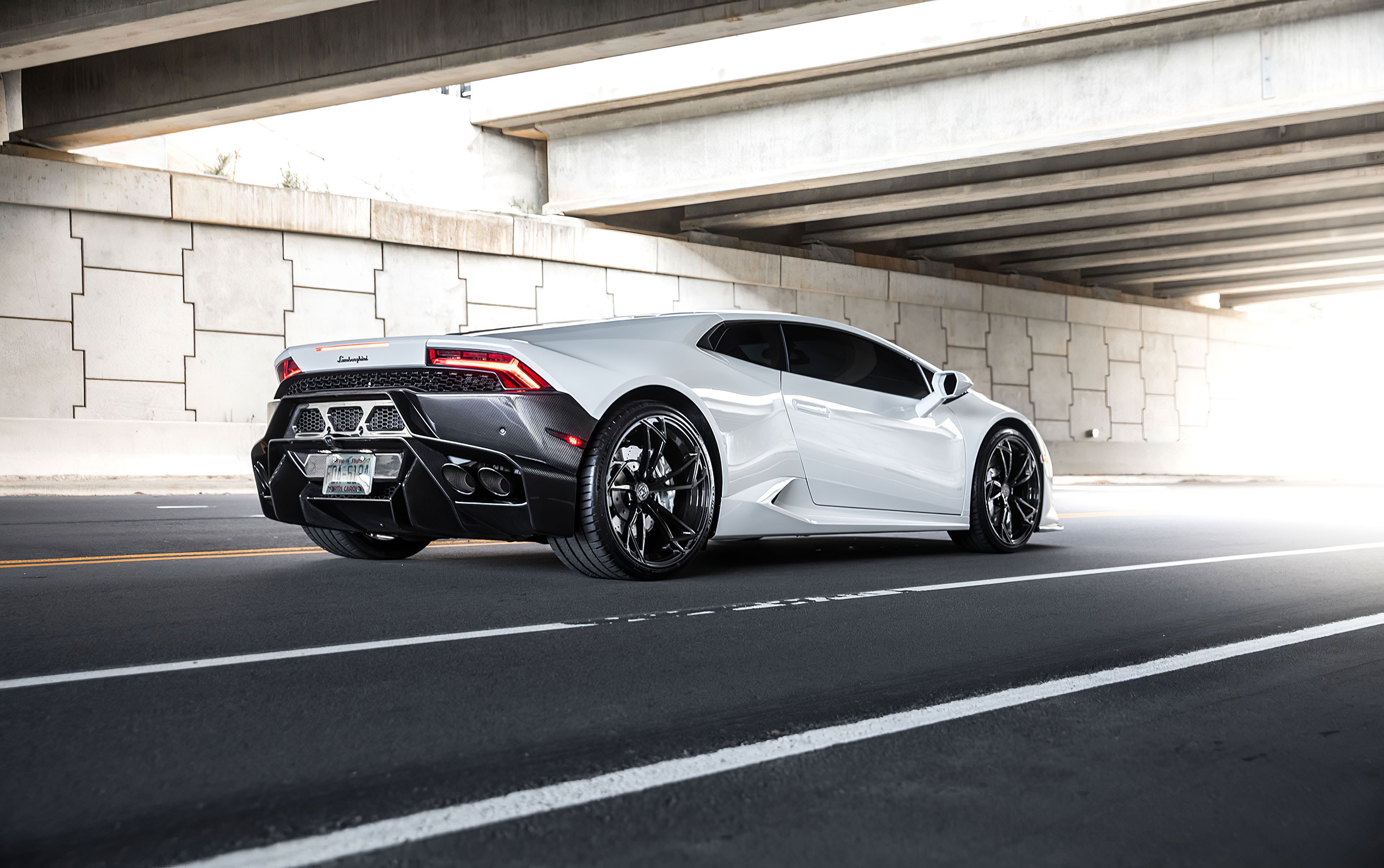 2020 4k White Lamborghini Huracan Hd Cars 4k Wallpapers Images Backgrounds Photos And Pictures