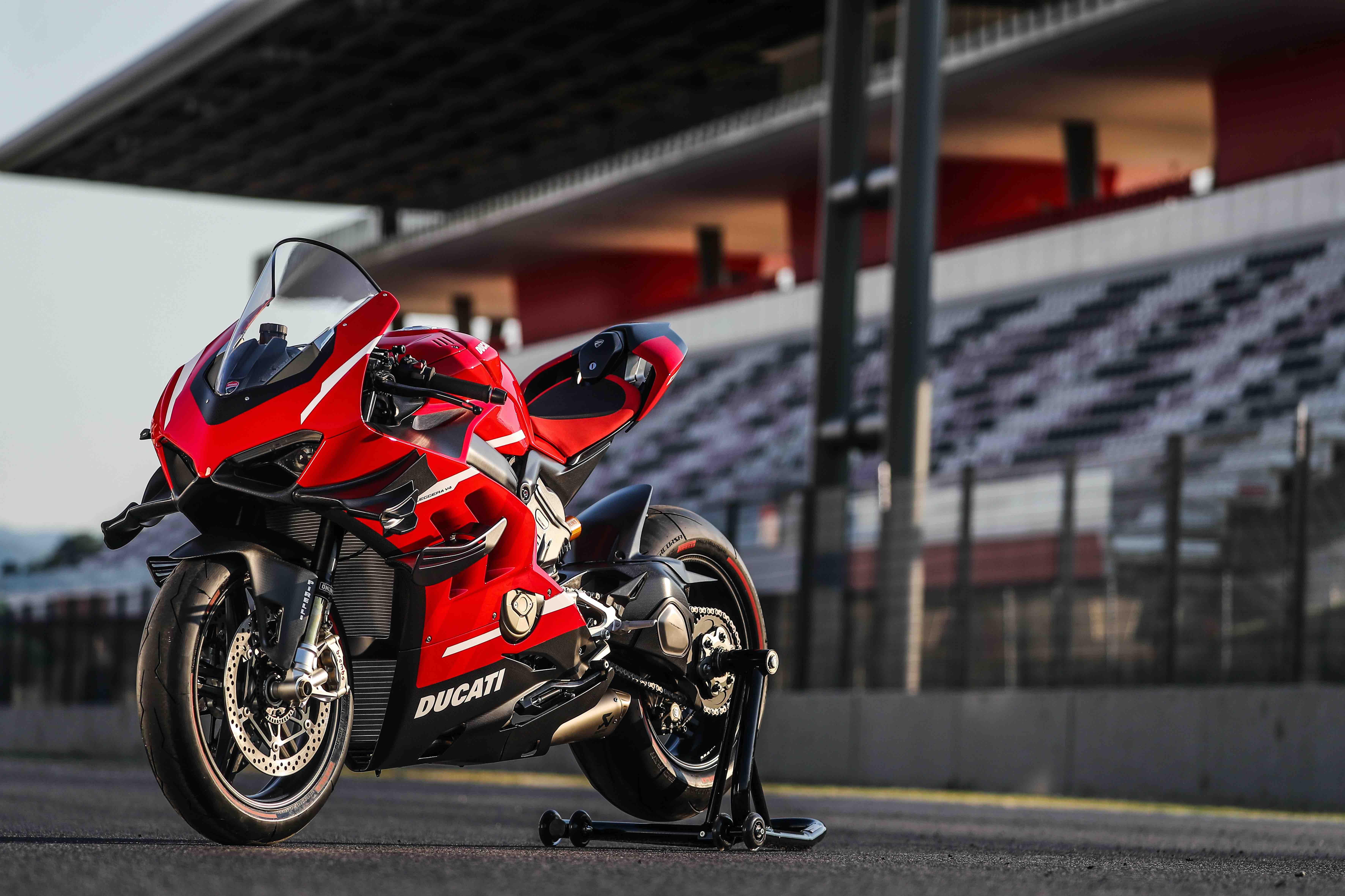 2020 Ducati Superleggera V4 8k, HD Bikes, 4k Wallpapers ...
