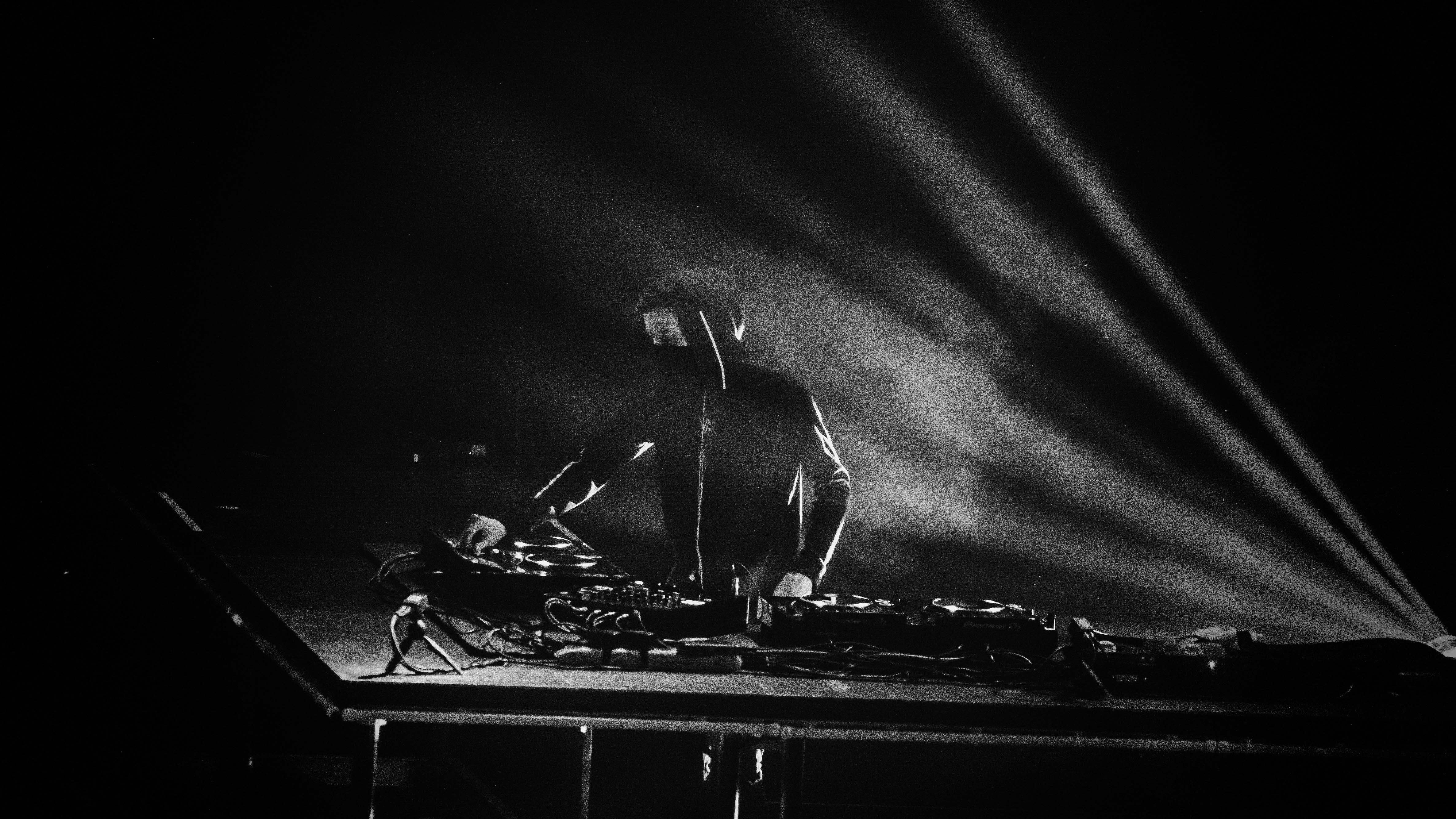 Alan Walker Dj Monochrome 4k Hd Music 4k Wallpapers Images Backgrounds Photos And Pictures