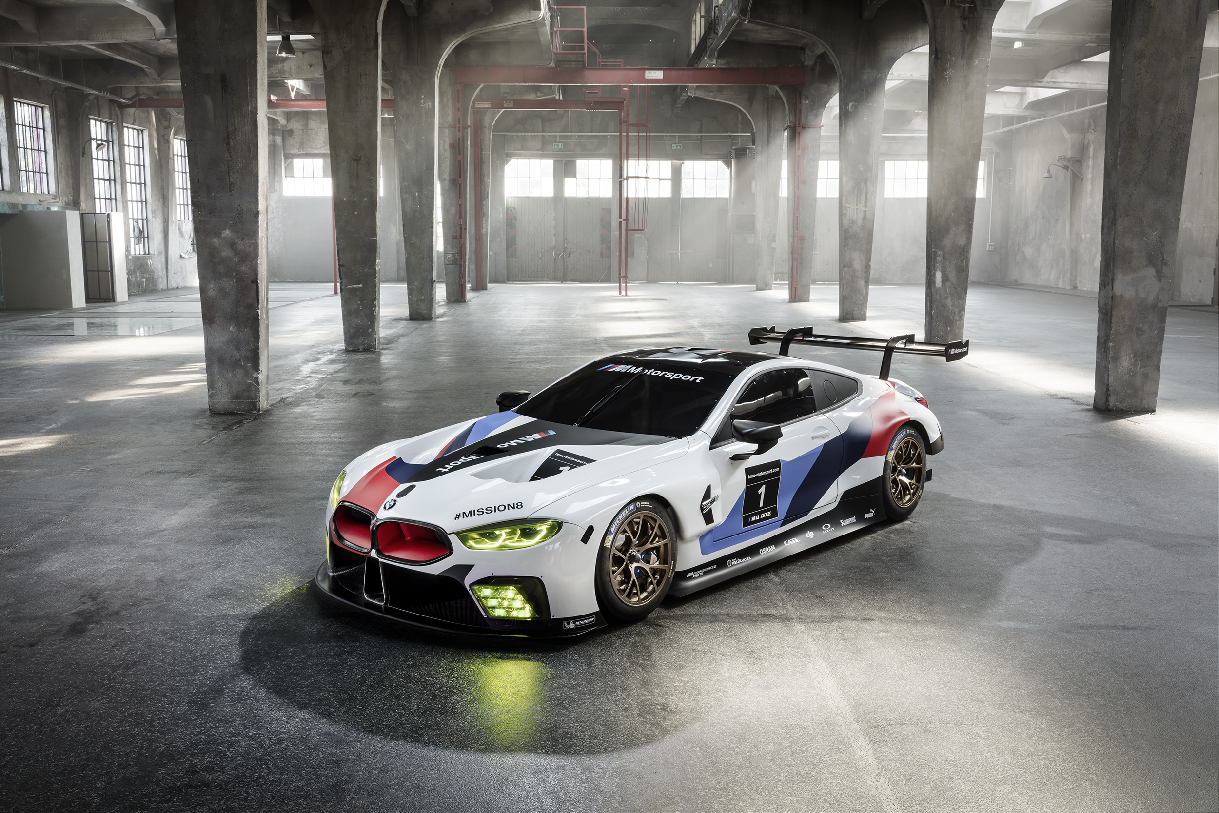 BMW M8 GTE Zoom Video Background