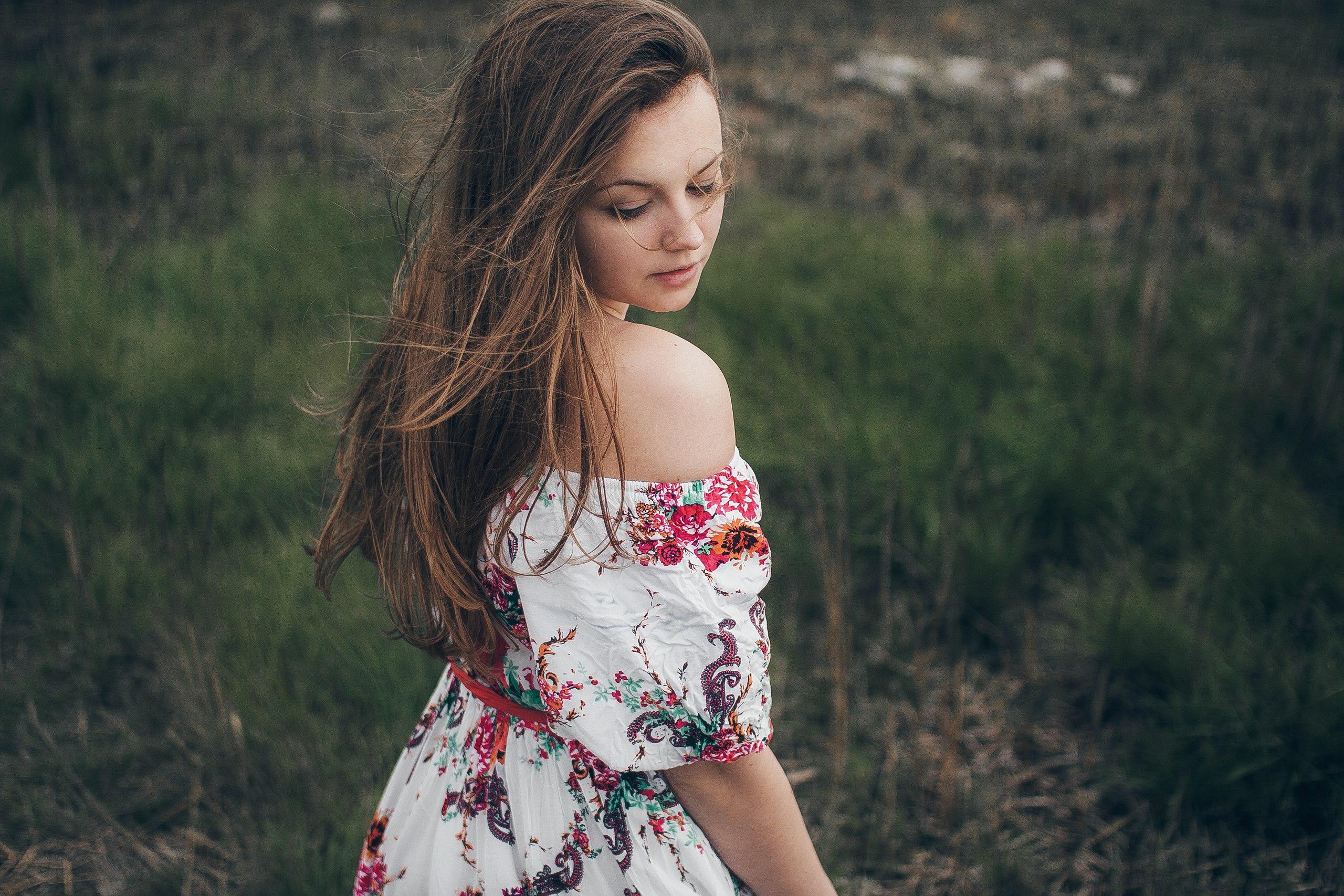 Girl Portrait In Depth Of Field, HD Girls, 4k Wallpapers