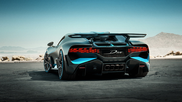 Full HD 2018 Bugatti Divo Rear View Photoshoot Wallpaper