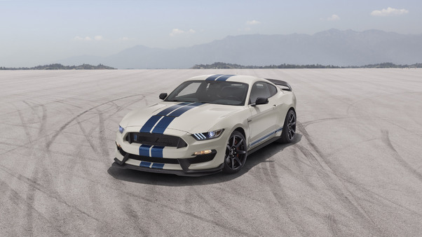 Full HD Ford Mustang Gt Fastback 2018 Rear Wallpaper