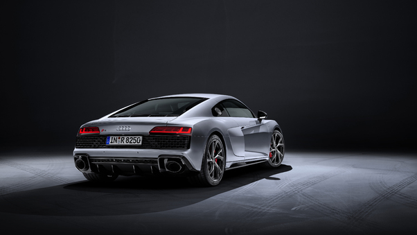 5k-audi-r8-v10-rwd-coupe-2019-rear-cv.jpg
