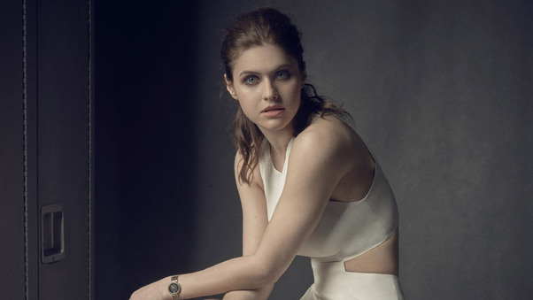 alexandra-daddario-vanity-fair-photoshoot-ad.jpg