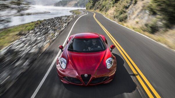 Full HD Alfa Romeo Giulia Wagon 4k Wallpaper